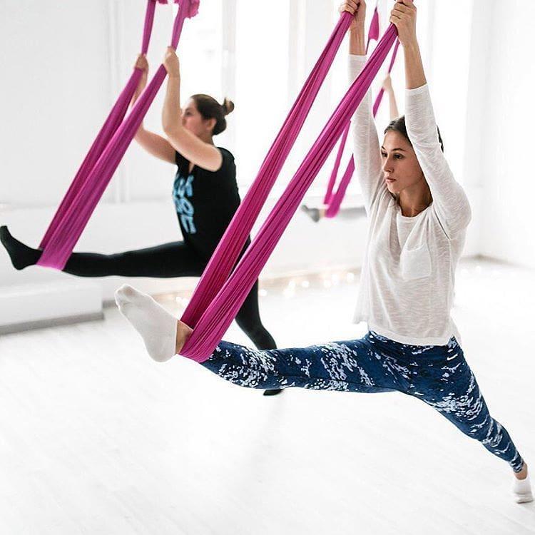 Избавьтесь от боли в спине, улучшите гибкость тела благодаря занятиям на специальных гамаках с квалифицированным инструктором